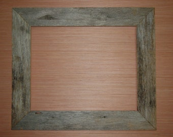 "Rustic Weathered Reclaimed Oak Barn Wood Picture Frame 16"" x 20"" - Handmade, One of a Kind"