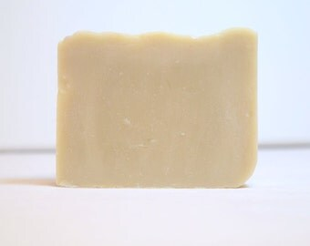 Mint & Clay Soap - Vegan Handmade Bentonite Clay Shaving Soap