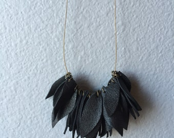 Black Leather Leaves Necklace