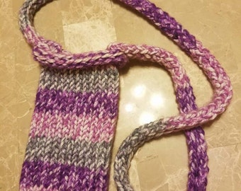 Knit purse with strap