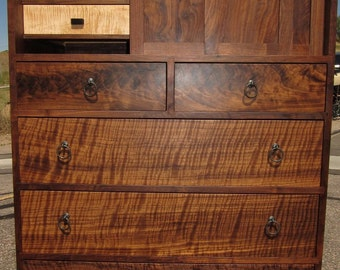 Walnut Chest Of Drawers In The Cho Dansu Merchant's Style