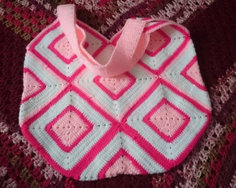 Gorgeous deep bright pink and white crochet bag