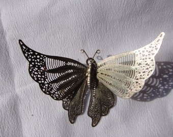 Vintage filigree silver tone butterfly brooch and/or pendant. 1950s jewelry