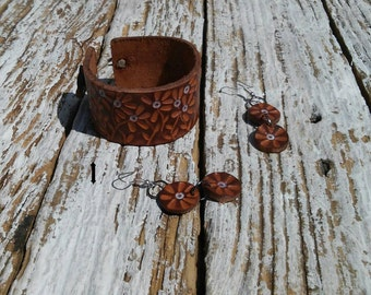 Hand Tooled and Dyed Leather Cuff Bracelets With Leather Earrings