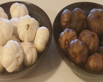 Black Garlic, whole garlic heads, unpeeled