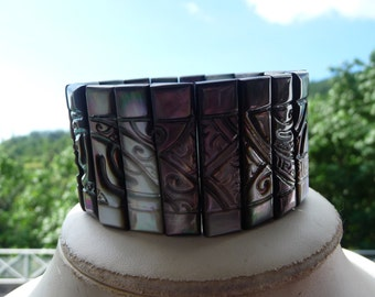 Bracelet mother of Pearl lined