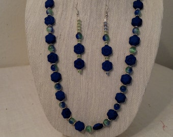 Blue and green beaded jewelry set