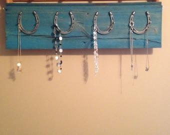Horseshoe necklace holder