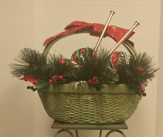 Christmas Centerpiece Baskets : Christmas arrangement centerpiece holiday basket knitting