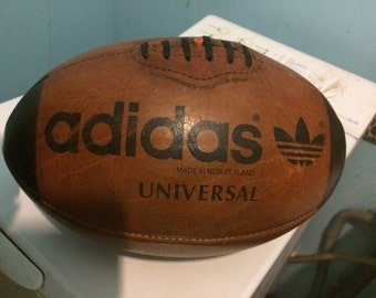 Very Rare! Vintage UNIVERSAL Adidas Rugby Ball 80 s New Zealand Leather Very HTF!