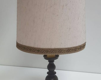 Traditional vintage Table Lamp in brown