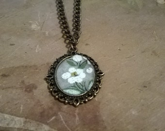 Dainty White Flowered Handkerchief Pendant Necklace