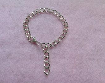 Sterling Silver Chain Bracelet.