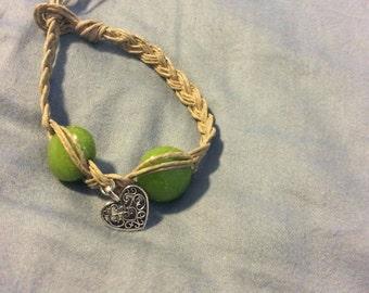 Valentine heart green beads bracelet