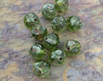 15 Olivine Central Cut  Czech Glass Round Beads, 8mm