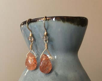Oregon Sunstone and Gold Earrings