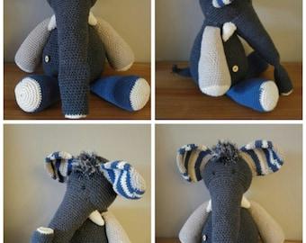 Crocheted elephant hug ca 50 cm