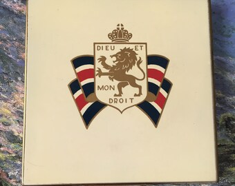 Henriette Compact with Royal Coat of Arms