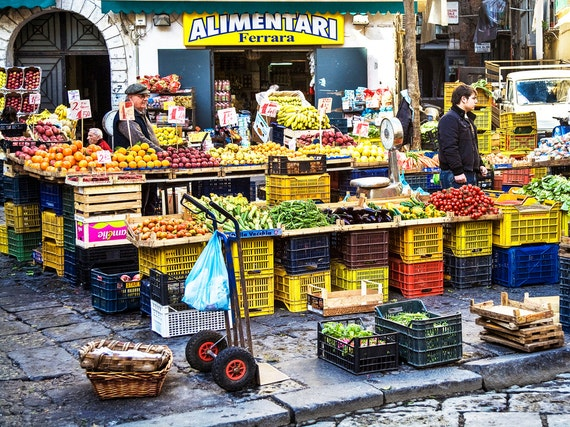 Naples italy alimentari italy food market photo market for Outdoor food market