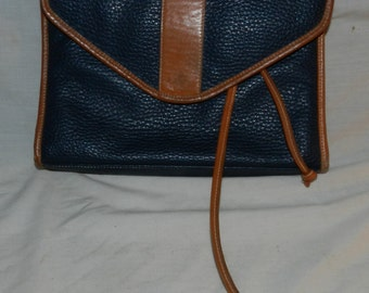 """Vintage Cadaz Blue and Brown leather purse / handbag with magnetic clasp - About 11"""" X 8"""" X 2"""" -could be used for Art or craft Supplies 30-4"""