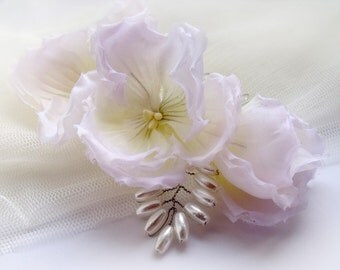 Comb Pansies Bridal Comb Flower Comb Flower Hair Comb Bridal Flower Hair Piece Flower Headpiece. Bridal Hair Comb