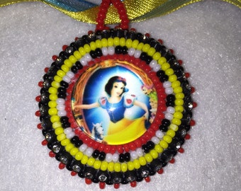 Snow White Beaded Ribbon necklace