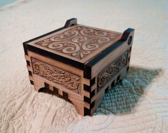 Laser Engraved Alder Wood wooden Jewelry Box gift box