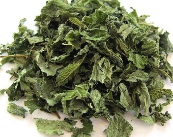 Lemon Balm Melissa Dried Herb - Home Cultivated w/o Chemicals .25 oz - Love Water Moon Emotions - Magick and Spellwork