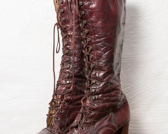 70's Lace Up Boot