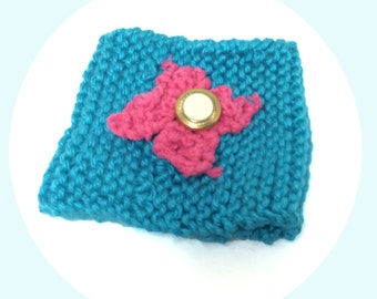 Blue and Pink Knitted Cup Cozy, Gift For Coffee Lover With Knitted Flower, Present for Tea Lover, Coffee and Tea Accessories, To Go Cup Cozy