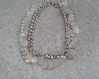 Mother of Pearl Necklace in Soft Creamy Colour