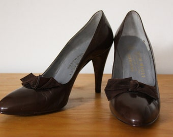 Bruno Magli Tomaia Pelle, 90s vintage Italian brown leather high heels size 41