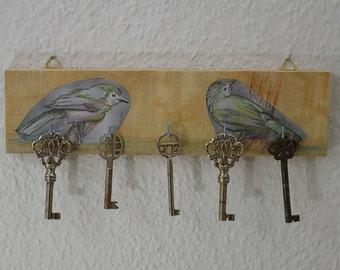 Schlüsselleiste mit Vögeln aus Holz