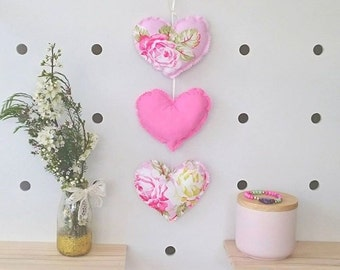 Trio of Hearts Hanging Garland - Sunshine Rose