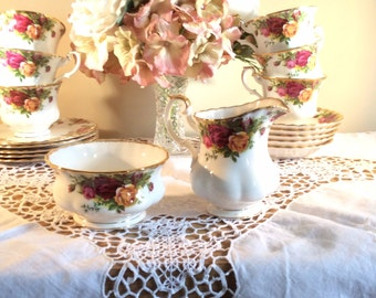 Royal Albert  Old  Country Roses 1st Quality Sugar Bowl & Milk Jug