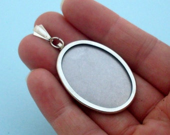 Oval Pendant Setting Frame Mounting in Silver Tone 203S