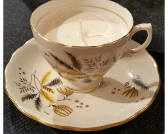 Beautiful Vintage Tea cup Candle