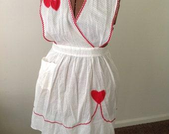 1940s valentines apron