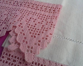 Bathtowels, handmade, Bath and Beauty, Bath Accessory, cleaning and drying, decorating set of towels, linen, cleaning accessory, pink croche