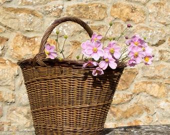 Vintage basket - vintage wicker basket - large vintage woven reed basket - vintage flower basket