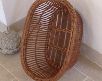 Recycle old /panier wicker and wooden bottom right up-to-date