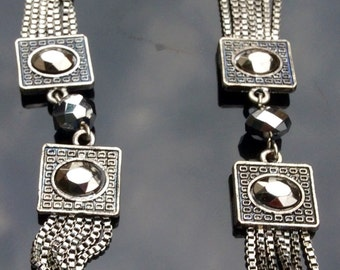 Gorgeous Vintage Long Silvertone Necklace