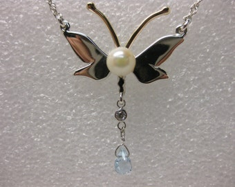 dragonfly necklace  dragonfly pendant pearl pendant pearl necklace