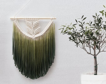 "Small Macrame Wall Hanging - Macrame Curtains - Macrame Wall Art - Macrame Patterns - Wall Tapestry - Dip-dye Tapestry - Home Decor - ""EVA"""