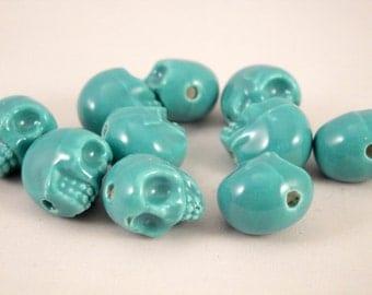 5 ceramic skull beads 13x13x11 mm (0,51x0,51x0,43 in) : ocean green (SK1)