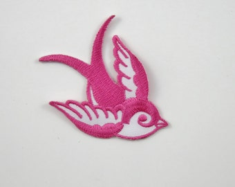 Swallow (Pink, Left) Iron On/ Sew On Embroidered Cloth Patch Badge Appliqué hot fix stitch bird UK SELLER Size: 7cm x 6.1cm