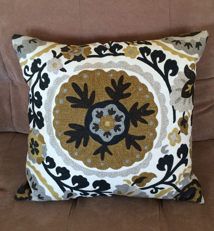 Custom Made Designer Decorative Pillow with Zipper Closure