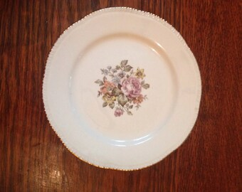 """Small plate """"Stratford"""" by Cunningham and pickett/Homer Laughlin small plate."""