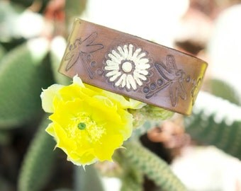 Gold Daisy Leather Bracelet
