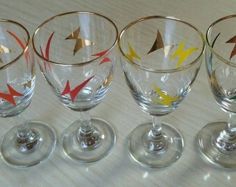 4 Classic  1950s kitsch vintage Sherry Port  glasses atomic design.